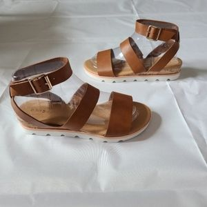 Bamboo brown strappy sandal new ankle strap trendy